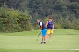 golf-trophy-2021-9